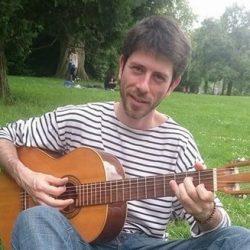 Cours de guitare à votre domicile – réduction d'impôt de 50%